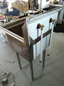 Single Stainless Steel Sink (New)