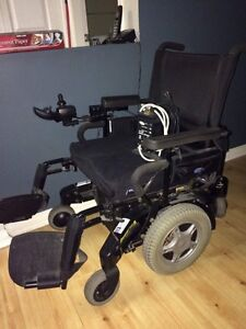 Invacare Storm TDX 5 Power Wheelchair