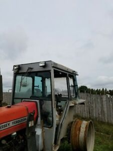 1 quicke Q720 front loader and 1 Laurin Tractor cab for sale