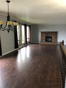 PRICE DROPPED on a  beautiful 3 Bed and 2 Bath house!