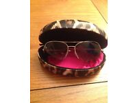 Lipsy woman's aviator sunglasses **brand new**