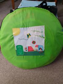 Kids outdoor play tent
