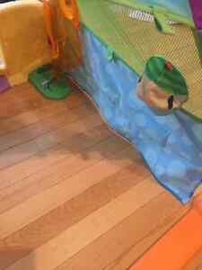 FUN Playskool Pop out TENT. MY BABY LOVED THIS TOY!!! Edmonton Edmonton Area image 3