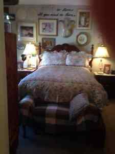 Paying Guest Executive Accommodation--Master Suite