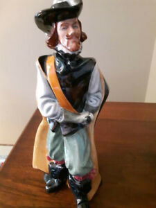 """Royal Doulton """"Cavalier"""" #2716 from 1975  Original Owner, Mint"""