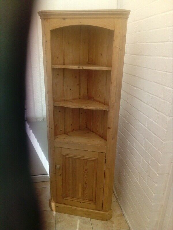 Solid Waxed Antique Pine Corner Cupboard/Unit - Solid Waxed Antique Pine Corner Cupboard/Unit In Bognor Regis