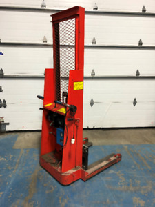 Mahaffy Electrique Lift (Power stackers lift) 120 volts