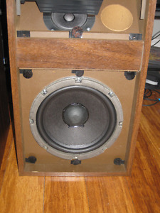 Bose 301 Series 1 Speakers