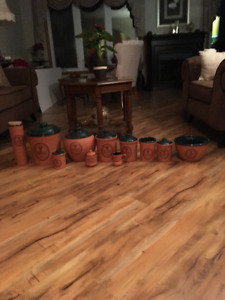 POTTERY COLLECTION FOR KITCHEN USES