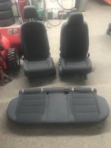 VW Rabbit Mk5 (2006-2009) Cloth Seats