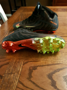 Nike Football Cleats Size 11 Brand New