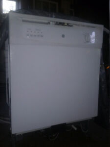 GE dishwasher. Excellent condition. Very clean