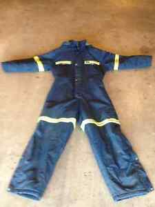 **HELLY HANSEN INSULATED COVERALLS**46 TALL** Prince George British Columbia image 2