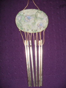 2 Sets of wind chimes