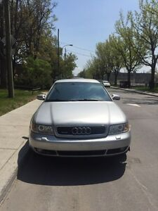 AUDi A4 1.8 TURBO 1999 NEGO