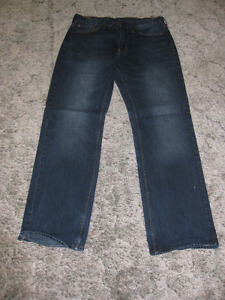 JEANS (BULLHEAD) - GREAT CONDITION - CHECK IT OUT!