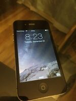 iPhone 4S 32GB Black works and in very good condition