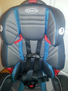 Graco car seat almost new condition