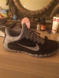 Nike 5.0 free trainer men's size 8