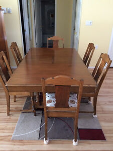 Solid Maple Dining Set Regina Regina Area image 2