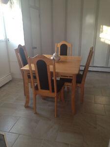 Dining Set / Meubles de salle à manger (Table et chaises) Gatineau Ottawa / Gatineau Area image 9