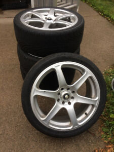 """17"""" Alloy rims and tires"""