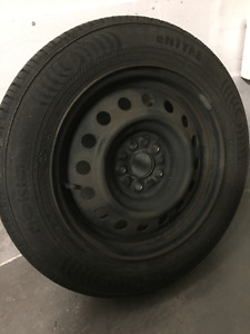 Nokian 185/65/R15 eNTYRE - 4 Tires and Rims