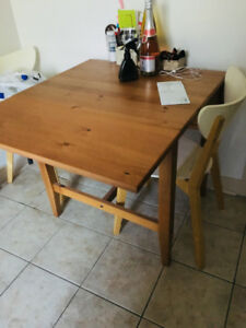 Moving sale! Kitchen table and more - great condition