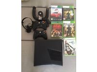 Xbox 360 Slim, 250gb, 2 wireless controllers, wireless wheel and 5 games