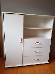 3-drawer bedroom cabinet with shelves