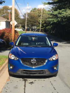 GREAT DEAL 2013 Mazda CX-5 AWD w/ Leather, Sunroof, Winter Tires