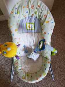 Safety 1st bouncy seat