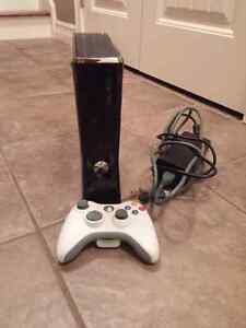 Xbox 360 slim. 1 controller.  For 60$