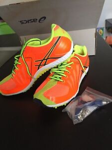 Beautiful Asics track cross country shoes