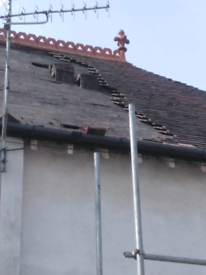 Plain Continues nibs roof tiles
