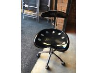Desk chair - small swivel