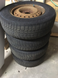 Tires and rims Grand Caravan Pneus et roues