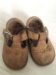 Size 3 leather shoes