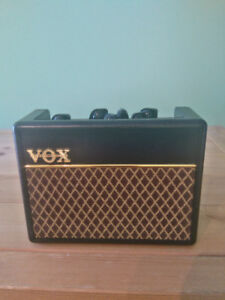 Ampli Vox ac1