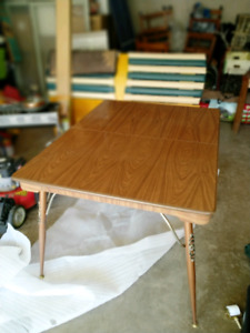 Dinning table PRICE REDUCED!