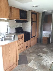 2006 Wilderness Canadian Travel Trailer