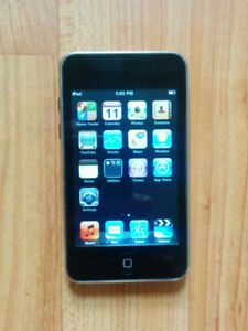 iPod Touch 8GB - 2nd Generation