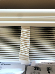 Faux wooden blinds, Pearl white with decorative tape and valance