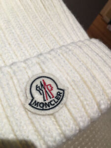 BRAND NEW MONCLER HAT