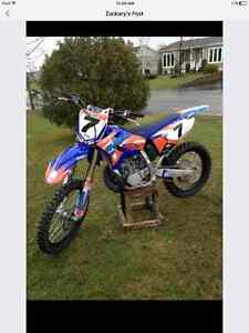 2016 YZ250 only a few hours on it