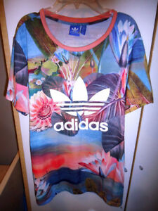 Adidas Multi Floral T shirt, Size L New!