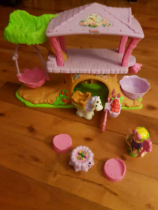 Fisher Price little people Fairy Treehouse