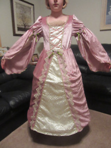 Victorian Rose Deluxe Princess Gown