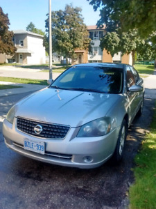 Altima 2006 Silver low km