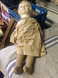 ONE ANTIQUE WOOD HEAD DOLL VICTORIAN - PARKER PICKERS -